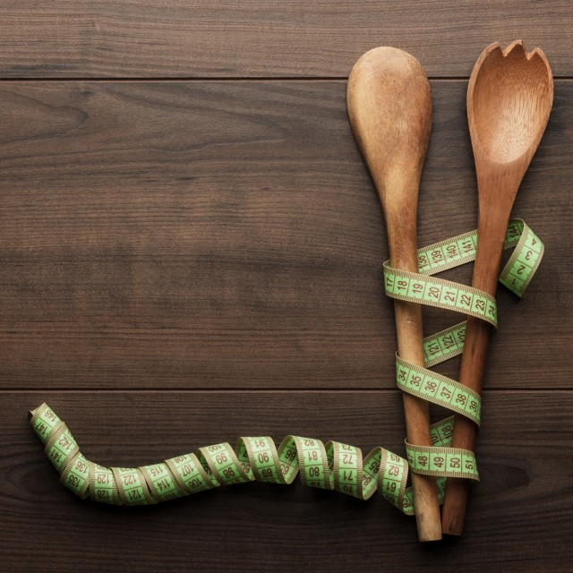 measuring tape spoons